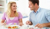 اهتمّي بتغذية زوجك لزيادة فرص الحمل