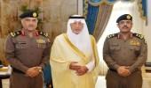 """"""" الفيصل """" يقلد مدير شرطة الطائف ومساعد قائد قوات أمن المنشآت بالمنطقة رتبتيهما الجديدتين"""