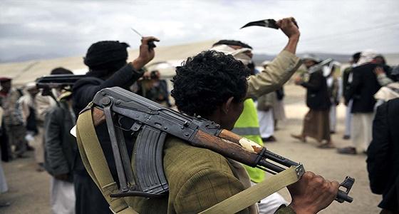 مليشيا الحوثي تحتجز مدنيين بالحديدة.. وتقتل شاب رفض التجنيد بصنعاء