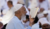 بالصور.. مشاعر وخشوع لزوار المسجد النبوي قبل وداع رمضان