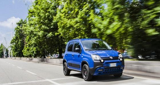 فيات باندا Waze Edition تقدم نظام ملاحة ذكي في سيارة مدن شعبية