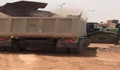 بالصور.. نقل 963 ردا من الشاحنات محملة بالمخلفات بالرياض