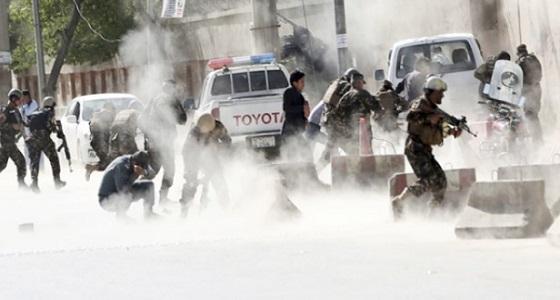 مقتل 10 أشخاص إثر هجوم انتحاري في شرق أفغانستان