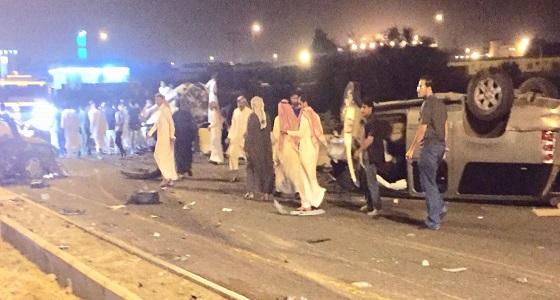 حادث تصادم لـ 4 سيارات في الحرجه يخلف وفاتين وعدد من الإصابات