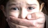 الحبس 3 أشهر والإبعاد لمربية آسيوية تحرشت بطفل مخدومتها