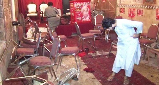 مقتل وإصابة 41 باكستانيًا في هجوم انتحاري استهدف تجمعا انتخابيا