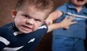 أسباب غيرة طفلك من كل أقرانه وطرق علاجها