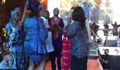 بالفيديو.. ماكرون يرقص في ملهى ليلي وحوله النساء في نيجيريا