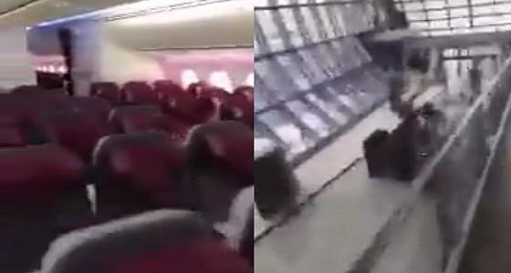 بالفيديو.. مسافر كويتي يوثق رحلته إلى الدوحة وحيدا في الطائرة