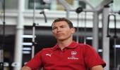 لاعب آرسنال: أتمنى فوز يوفنتوس بدوري أبطال أوروبا