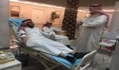 بالصور.. تنظيم حملة للتبرع بالدم لمنسوبي الصحة