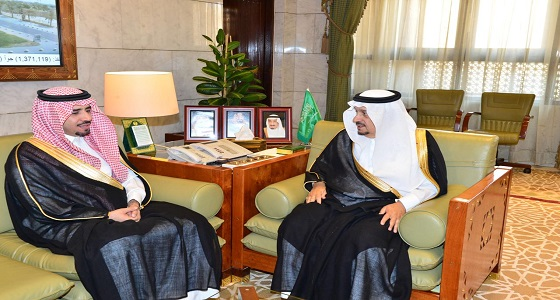 الأمير فيصل بن بندر يستقبل محافظ الغاط الجديد