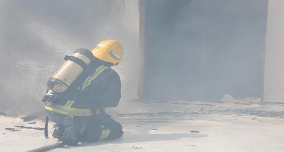 بالصور.. اندلاع حريق في منزل بجدة