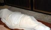 العثور على جثة طبيب متوفي داخل شقته منذ أيام بالأفلاج