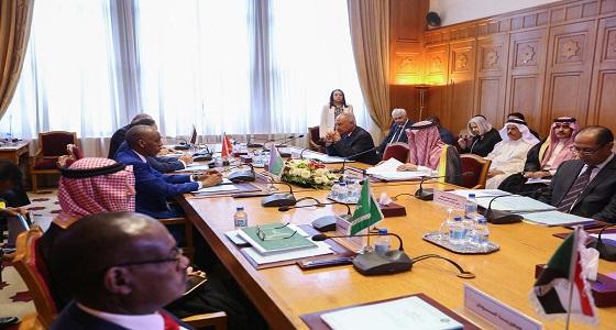 """"""" الجبير """" يرأس اجتماع هيئة متابعة تنفيذ قرارات القمة العربية"""