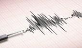 زلزال بقوة 6.1 درجة يضرب سولاويسي في إندونيسيا ولا إنذار من أمواج مد