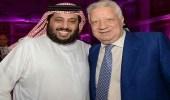 """"""" آل الشيخ """" محذرا الفيفا: """" مرتضى منصور خط أحمر ولن نقف متفرجين """""""