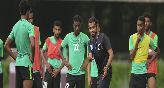 بالصور.. المنتخب الوطني تحت 19 عامًا يعاود تدريباته ضمن معسكره بإندونيسيا