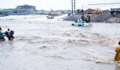 إجلاء 4500 أسرة يمنية متضررة من الفيضان بمساعدة مروحيات التحالف