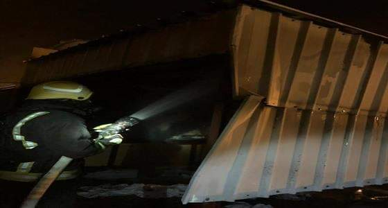 ماس كهربائي يتسبب في حريق بمبنى جمعية خيرية ببارق.. والدفاع المدني يخمده