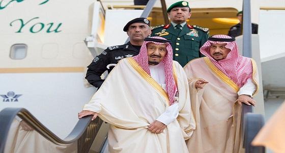 بالصور.. خادم الحرمين الشريفين يصل إلى الرياض قادماً من حائل