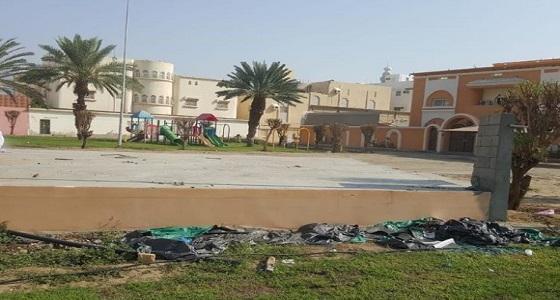 بالصور.. إزالة تعديات على حديقة عامة في مكة المكرمة