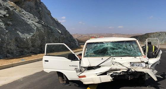 بالصور.. 5 إصابات في حادث مروري لطالبات جامعة الباحة