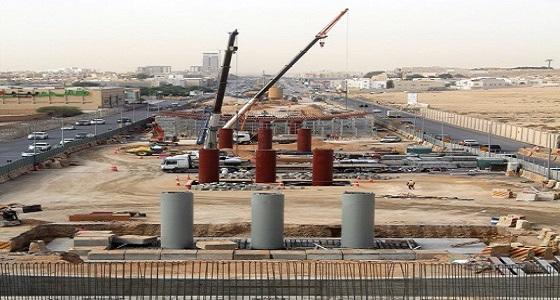 بالصور .. إنجاز 28% من من جسر تقاطع العروبة مع طريق الأمير تركي