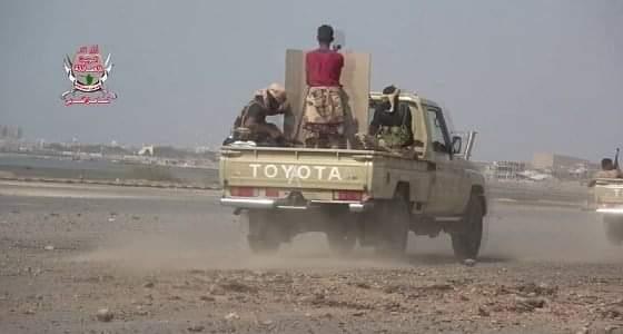 بالفيديو.. تناثر عدد من جثث الحوثيين في أحياء الحديدة