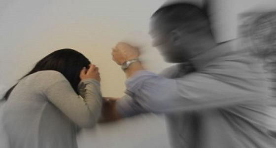 حرض أصدقاءه على اغتصابها.. سيدة تروي معاناتها وسبب طلبها للطلاق