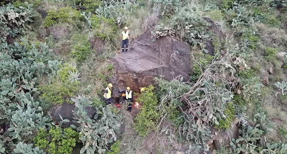 بالفيديو والصور.. الأمن يستعين بالطيران لإنتشال جثة مفقود بمنتزهات السودة