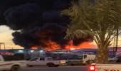 """بالصور.. السيطرة على حريق هائل في 4 مستودعات بـ """" سكاكا """""""