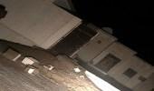 بالصور.. سقوط أعمدة إنارة وتطاير الأسقف بهميج المدينة إثر أمطار غزيرة