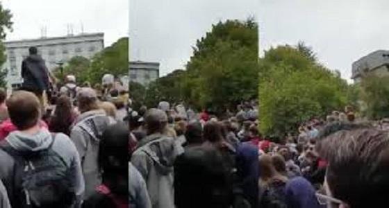 بالفيديو.. رفع الآذان في جامعة نيوزيلندية بصوت أحد شيوخ الحرم المكي