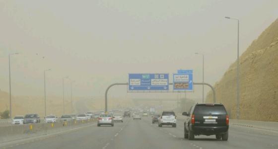 أجواء المملكة تشهد أسبوع بقايا للأمطار وارتفاع شديد بدرجة الحرارة