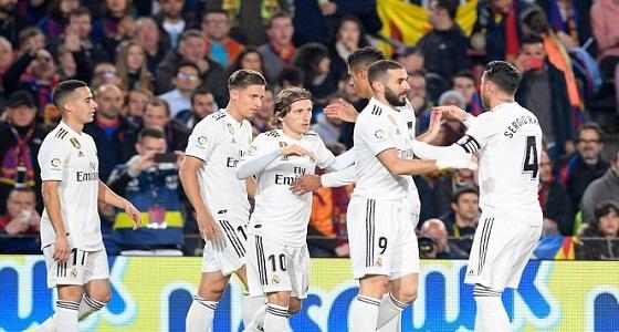 """يوفنتوس يسعى لضم صانع الألعاب بريال مدريد """" إيسكو """""""