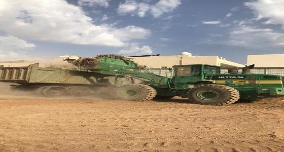 أمانة الرياض ترفع أنقاض وتزيل مخلفات تقدر بـ 87 شاحنة