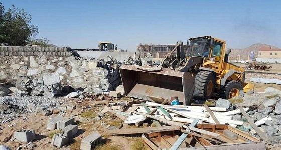 أمانة العاصمة المقدسة تزيل تعديات على أراضٍ حكومية بمخطط الحسينية