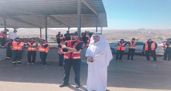 بالصور.. مدير عام هلال الباحة يقف ميدانياً على جاهزية الفرق الإسعافية