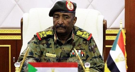 إحالة من يحمل رتبة فريق بجهاز الأمن الوطني والمخابرات للتقاعد بالسودان