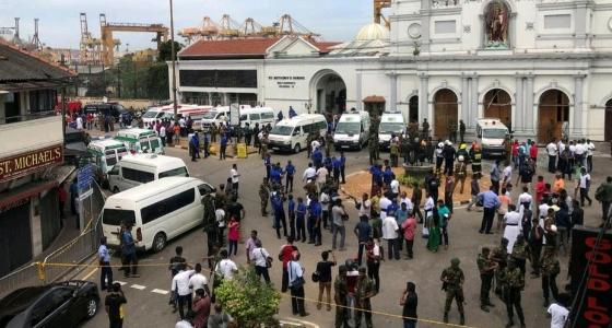 مضيفة بالخطوط السعودية تستغيث باكية بعد إصابتها في تفجيرات سريلانكا