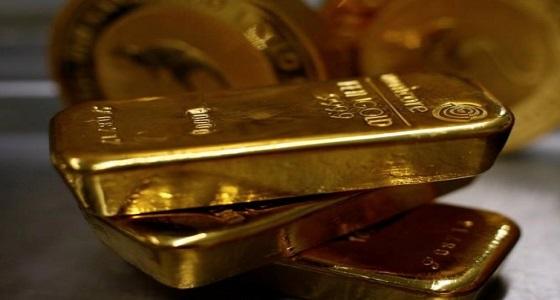 الذهب يتجه لتحقيق أول مكسب أسبوعي في 5 أسابيع
