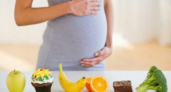 أطعمة يحذر على الحوامل تناولها لضررها للجنين