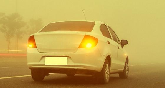 """"""" النقل """" تناشد قائدي المركبات بتوخي الحذر بسبب موجة الغبار"""