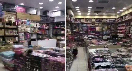 بالفيديو.. رد فعل أصحاب المحلات المخالفين في الرياض أثناء قدوم الشرطة