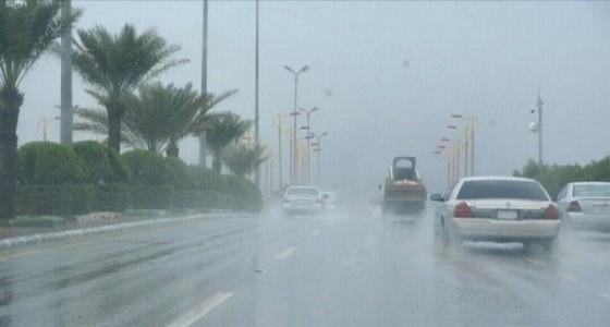 أتربة مثارة وأمطار رعدية على مكة
