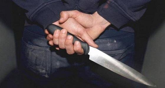 """زوج حاول قتل زوجته وطفلهما وأصاب 3 شرطيين بسيف في بيشة """" صور """""""
