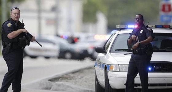 رجل يصطحب جثة زوجته في رحلة بالسيارة