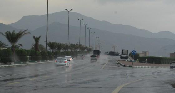 سقوط أمطار رعدية وزخات من البرد على بعض مناطق المملكة