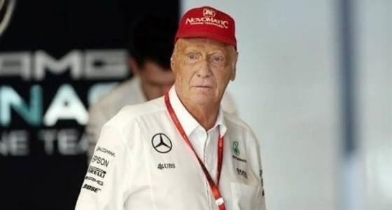 بطل العالم السابق في سباقات الفورمولا 1 يفارق الحياة